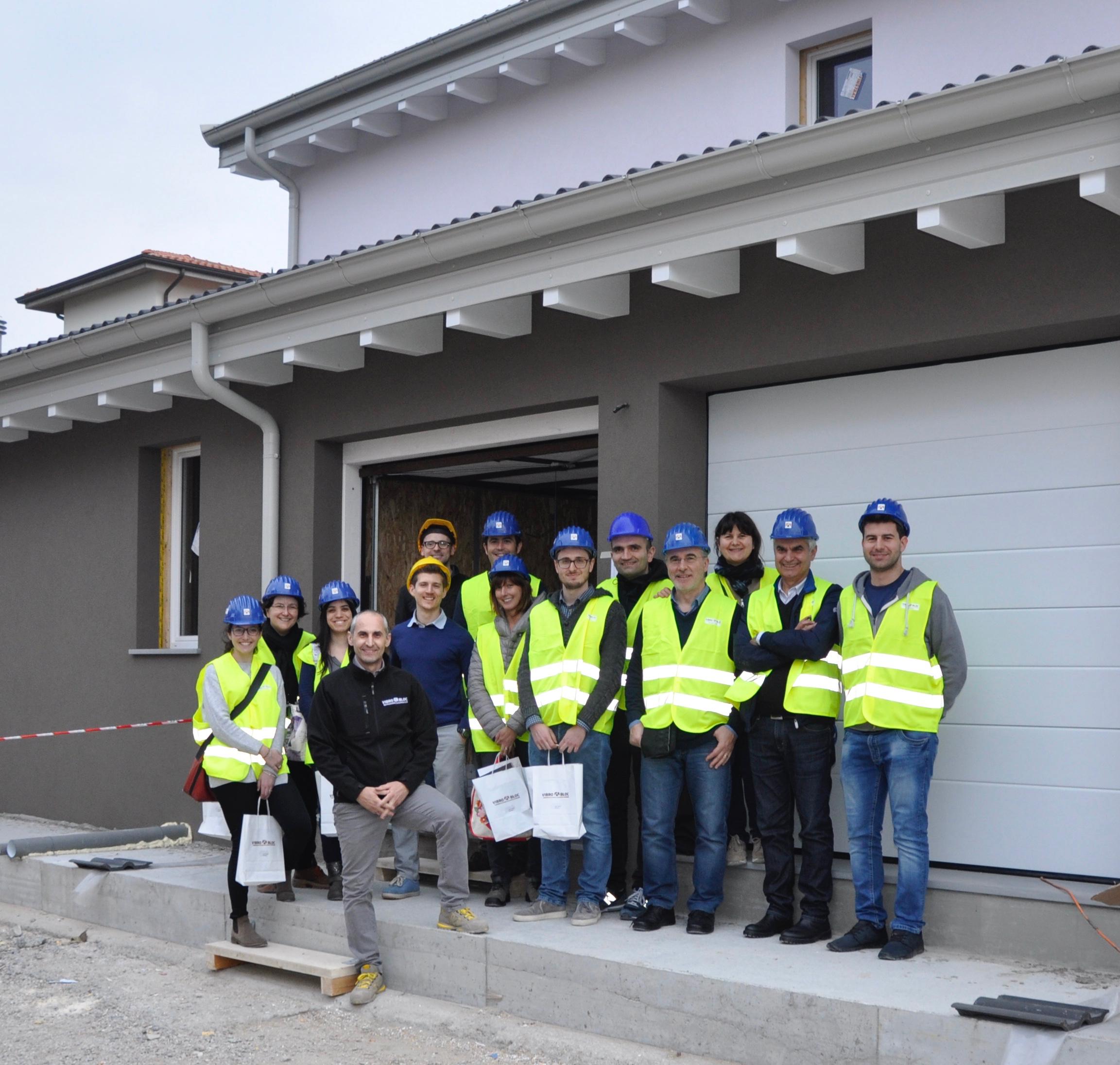 Cantiere aperto cresce l'interesse per le case in legno